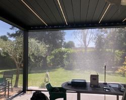 Pergola bioclimatique - Chambourcy - FERMETURE PRODUCTION